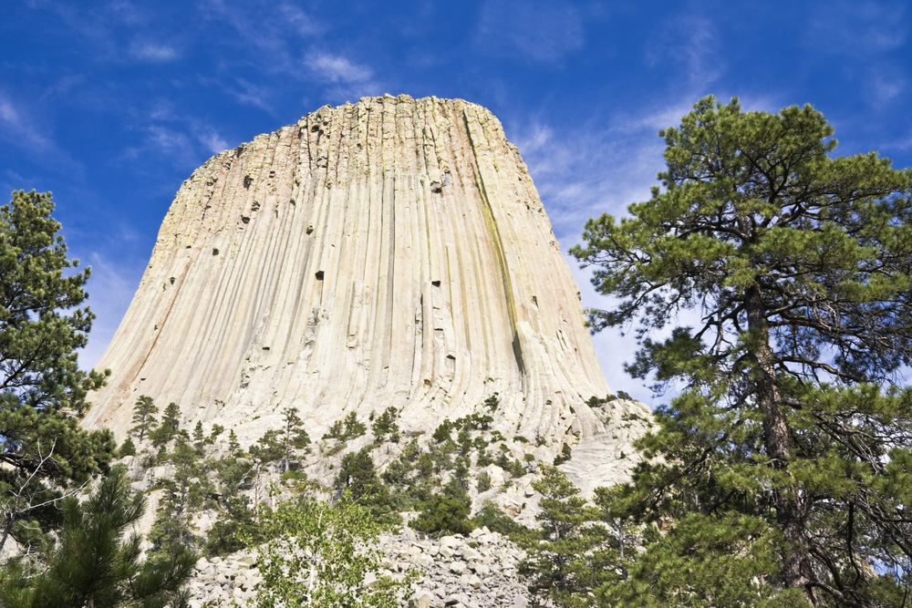 Devils-Tower-Close-Up